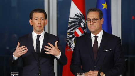 زعيما حزبي الشعب والحرية النمساويين، سيباستيان كورتس، وهاينس كريستيان شتراخيه