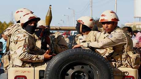 مصر.. مقتل ضابط باستهداف مطار العريش شمال سيناء بالصواريخ خلال زيارة لوزير الداخلية