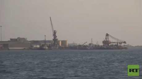 """""""التحالف"""" يمدد فتح ميناء الحديدة 30 يوما"""