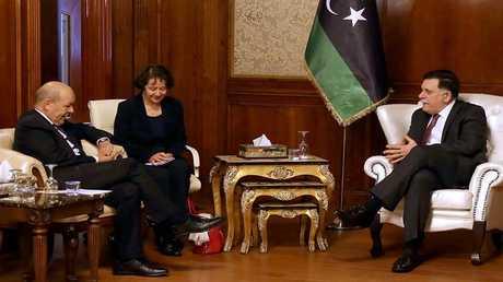فائز السراج رئيس حكومة الوفاق الوطني الليبي يستقبل جان إيف لودريان وزير الخارجية الفرنسي