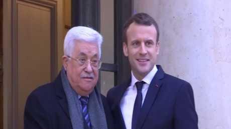 عباس يرفض أي مقترح أمريكي للسلام
