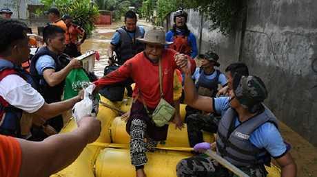 مقتل 90 شخصا في الفلبين