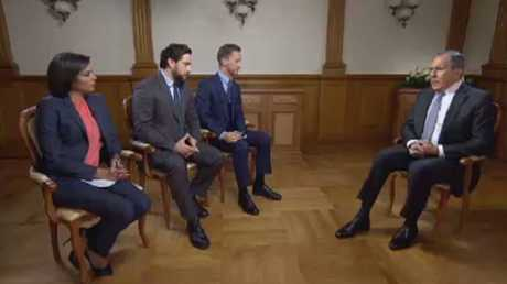 لافروف: التحالف لا يحارب المسلحين بسوريا