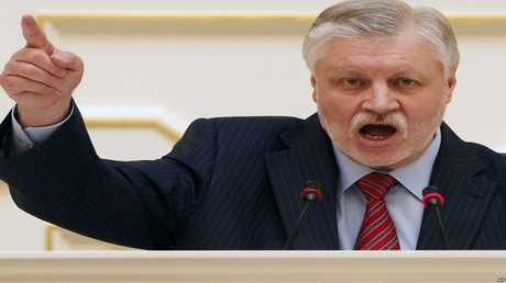 سرغي ميرونوف زعيم حزب روسيا العادلة