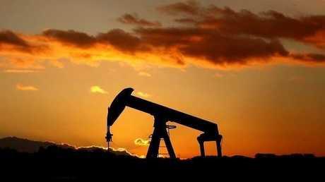 أسعار النفط تقترب من أعلى مستوياتها منذ 2015