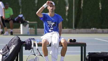 دجوكوفيتش ينسحب من بطولة أبوظبي وشكوك حول أستراليا المفتوحة