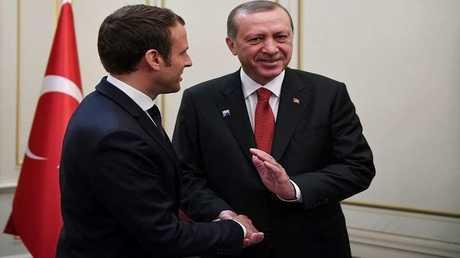 الرئيسان التركي رجب طيب أردوغان والفرنسي إيمانويل ماكرون - أرشيف