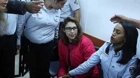 نور التميمي خلال جلسة محاكمتها