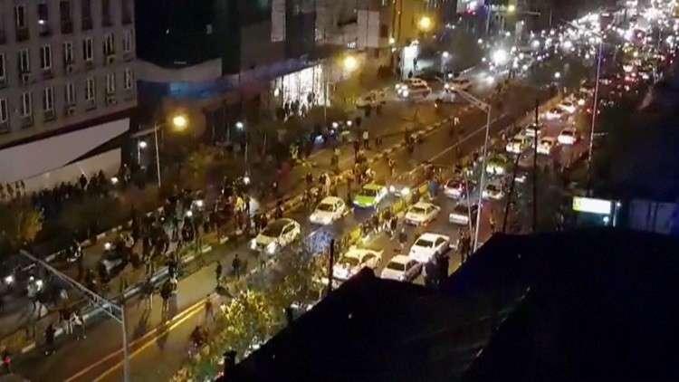 طهران تحمل الرياض وواشنطن ولندن مسؤولية الاحتجاجات