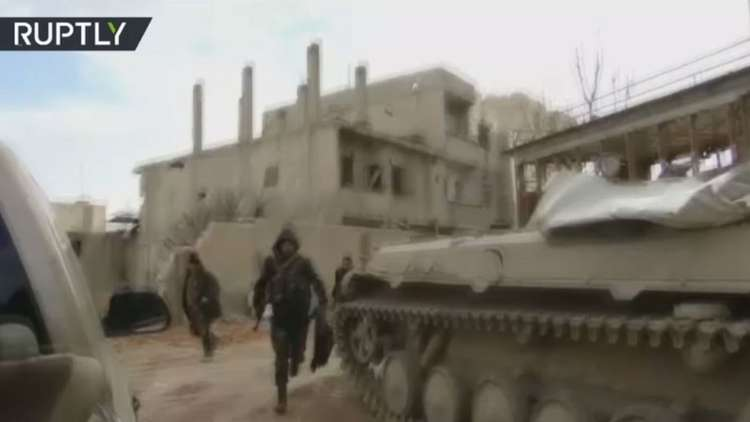 معارك ضارية في حرستا بريف دمشق بين الجيش ومجموعات مسلحة