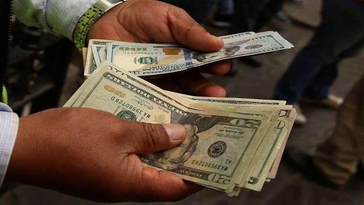 مصر ملزمة بسداد مبلغ ضخم  من ديونها خلال 2018