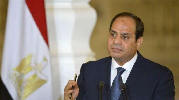 السيسي يمدد حالة الطوارئ لـ 3 أشهر في مصر