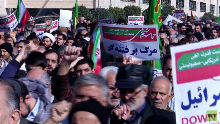 مظاهرات تؤيد طهران وحديث عن
