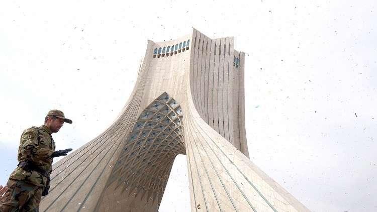 الجيش الإيراني يبدي استعداده لـ