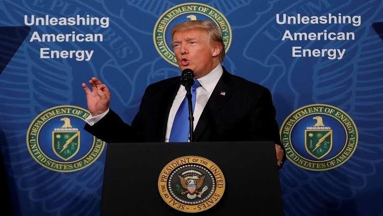 ترامب يطالب بـ18 مليار دولار لبناء الجدار مع المكسيك