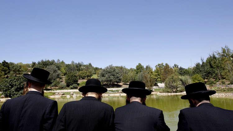 كبير حاخامات إسرائيل يناقض نفسه حول