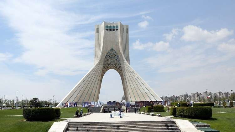 إيران تحذّر المجتمع الدولي من انسحاب أمريكا من الاتفاق النووي