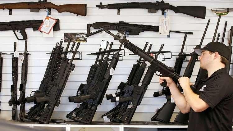 من دبلوماسيين إلى تجار سلاح.. خطة ترامب الجديدة لزيادة مبيعات الأسلحة