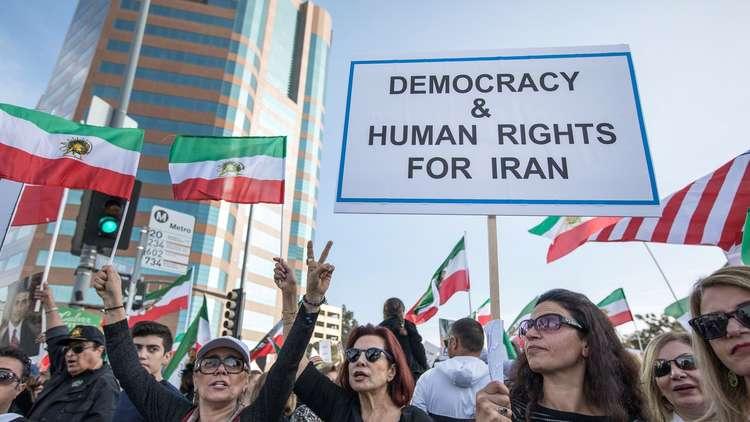 رهان على خطورة اضطرابات إيران واستمرارها