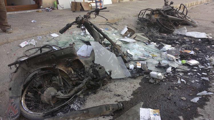 قتلى وجرحى بتفجير دراجة نارية في إدلب السورية