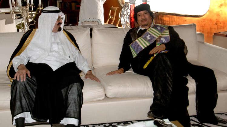دبلوماسي ليبي سابق يكشف عن مضمون آخر رسالة وجهها القذافي إلى السعودية!