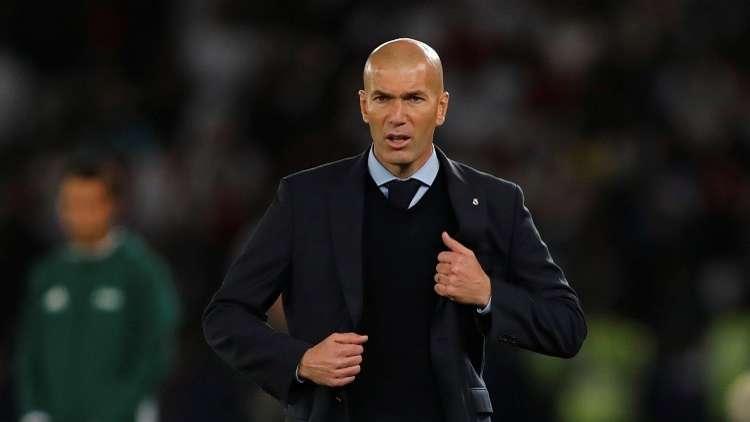 ريال مدريد يجدد عقد زيدان حتى عام 2020