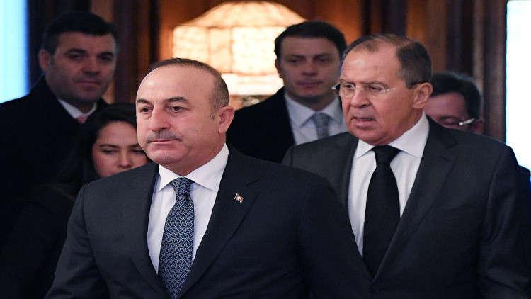 لافروف وجاويش أوغلو يبحثان الوضع في إدلب