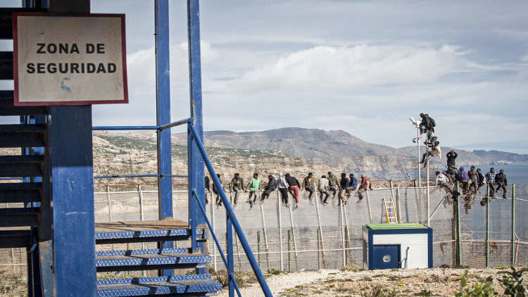 إحباط محاولة اقتحام مركز حدودي بين المغرب وإسبانيا