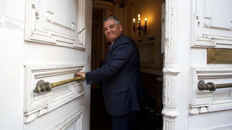 مسؤول كردي: بغداد منعت وزير الدفاع البلجيكي من زيارة أربيل