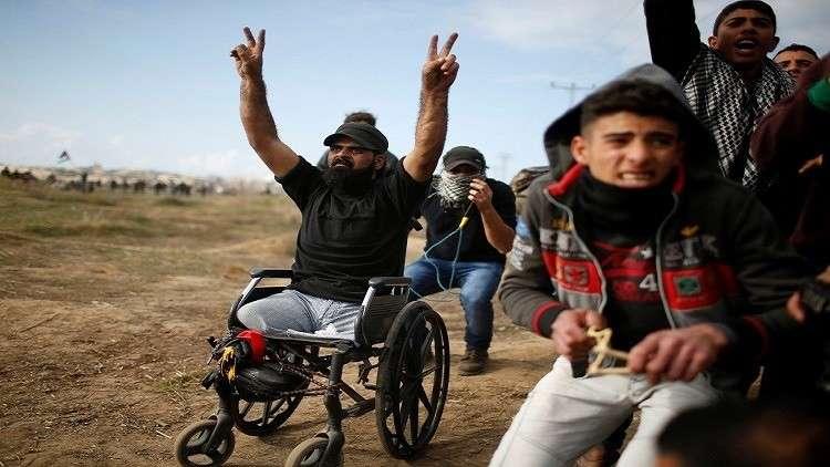 من أجل تحقيق دولي.. لجنة طبية تخرج جثمان الفلسطيني المقعد أبو ثريا لتشريحها