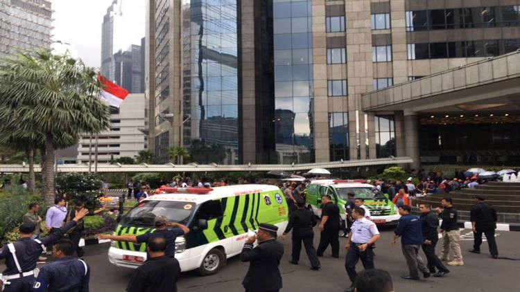 انهيار الطابق الثاني في بورصة إندونيسيا وإصابة نحو عشرة أشخاص