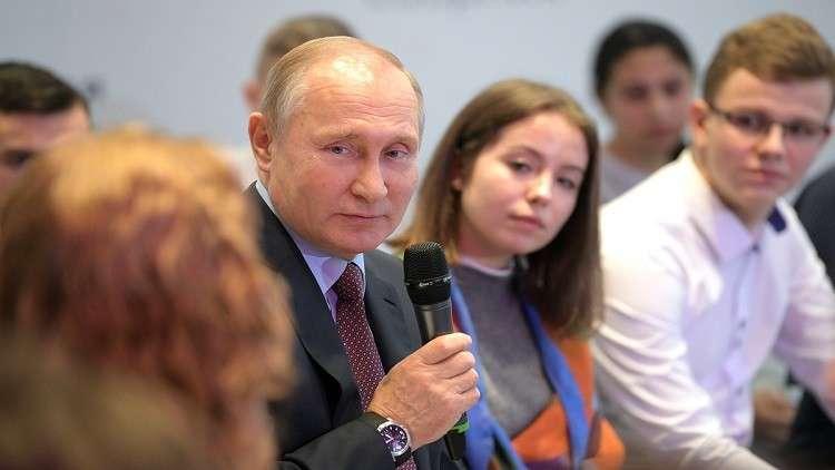 واشنطن تجهز عقوبات ضد المليونيريين الروس أملا بانتفاضة النخب