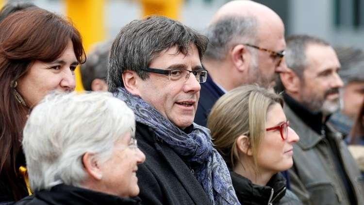 مطالب بالسماح لزعيم كتالونيا السابق بالتصويت من بلجيكا