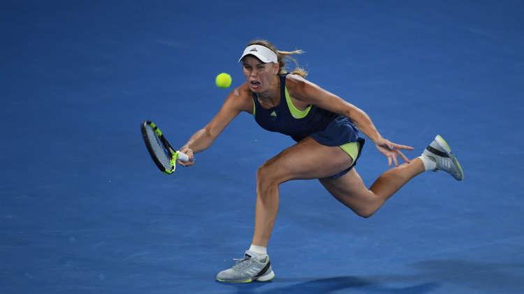 فوزنياكي تتقدم في أستراليا المفتوحة