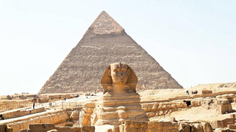 براءة نابليون من تحطيم أنف أبو الهول في مصر (صورة)