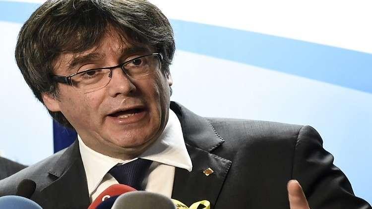 مدريد تطالب بمذكرة توقيف دولية بحق زعيم كتالونيا