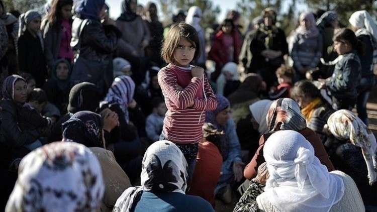 """""""حميميم"""" يرصد تدفق اللاجئين من عفرين شمالي سوريا 5a65092cd437509d2b8b4612"""