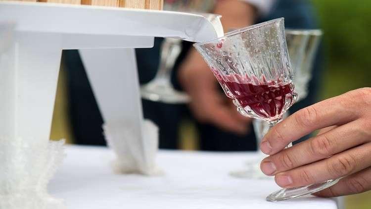 دراسة تكشف علاقة عصير الفواكه بمستوى السكر في الدم