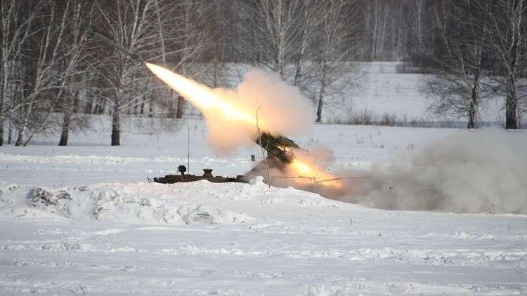 الموج يلقي بصواريخ سويدية على الساحل الروسي