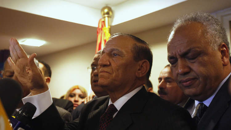 الشارع المصري ومصير عنان الانتخابي