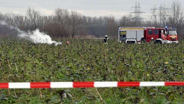 ألمانيا.. مصرع 4 أشخاص بتصادم مروحية مع طائرة خفيفة