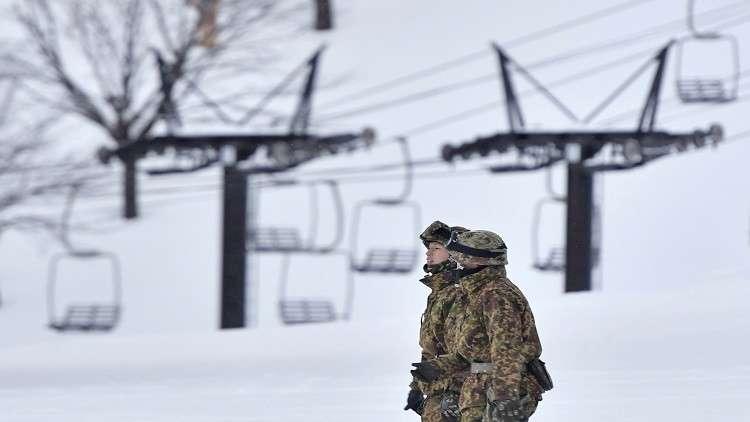 اليابان.. مصرع جندي وإصابة آخرين بانهيار ثلجي