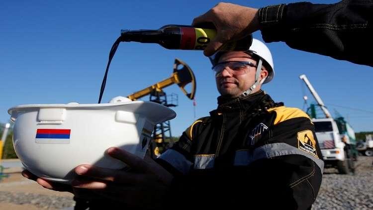 روسيا تكسب من اتفاقية النفط  14 مليار دولار