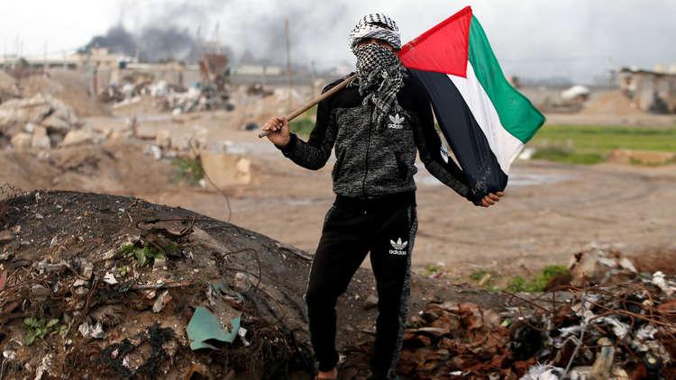 استطلاع: انخفاض التأييد لحل الدولتين في إسرائيل وفلسطين