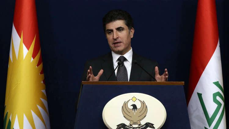 بارزاني ينفي موافقة أربيل على تسليم نفط كردستان العراق لبغداد