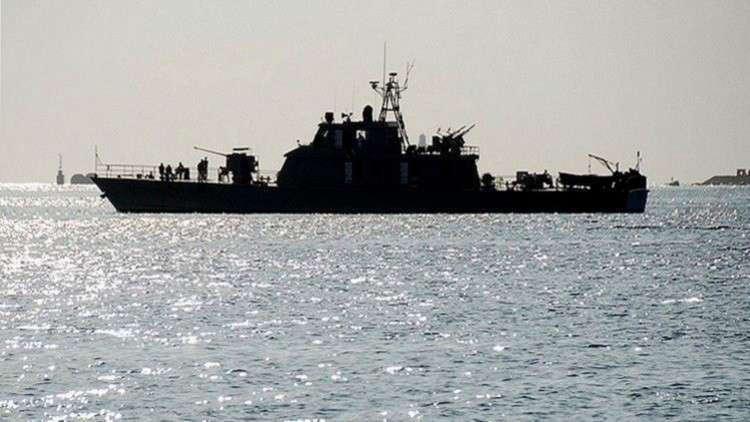 مدمرة إيرانية تتعرض لأضرار جسيمة في بحر قزوين