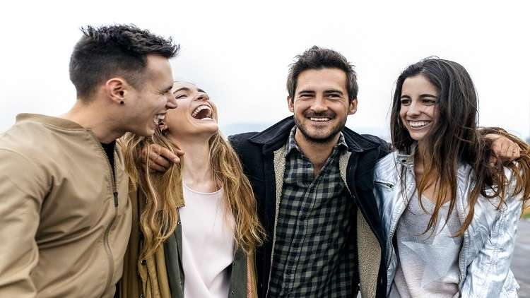 صفات خفية تجمع الأصدقاء دون إدراكهم