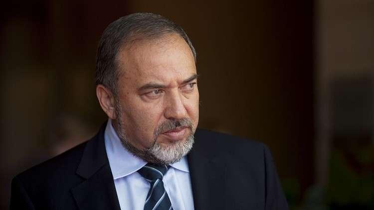 ليبرمان يهدد باجتياح لبنان وإدخال سكان بيروت إلى الملاجئ