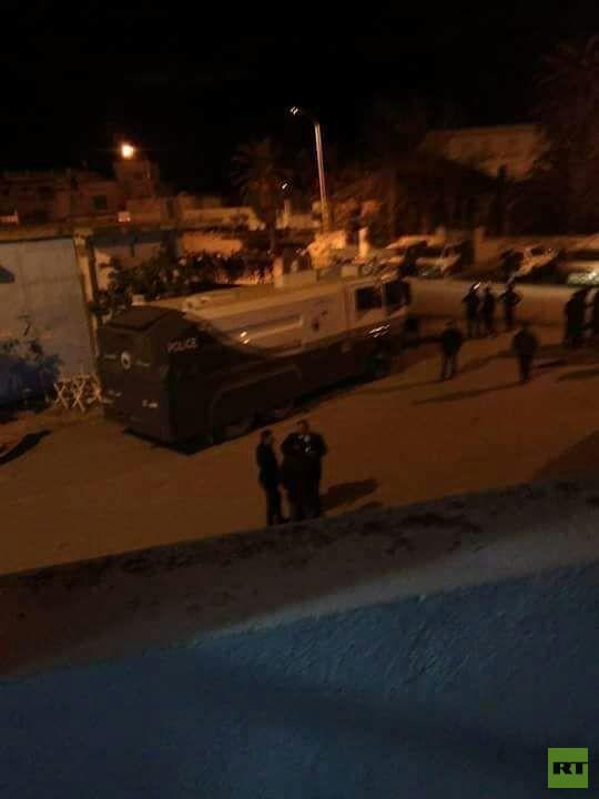 تجدد الاشتباكات بين قوات الأمن والمواطنين في تونس