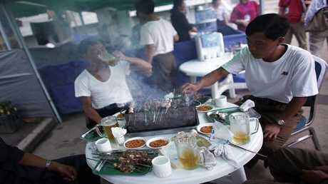 أرشيف  - مطعم الشارع بمدينة راسون، شمال شرق بيونغ يانغ 29 أغسطس 2011